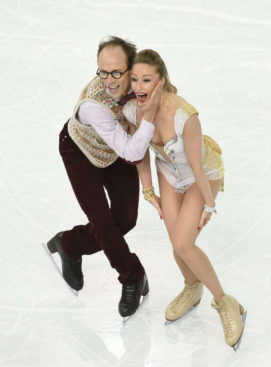 Nelli Zhiganshina Alexander Gazsi Performs 2014 Winter Olympics
