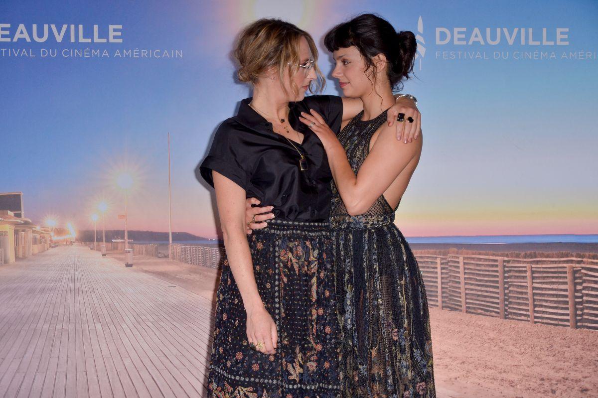 Noee Abita Slalom Photocall 46th Deauville American Film Festival