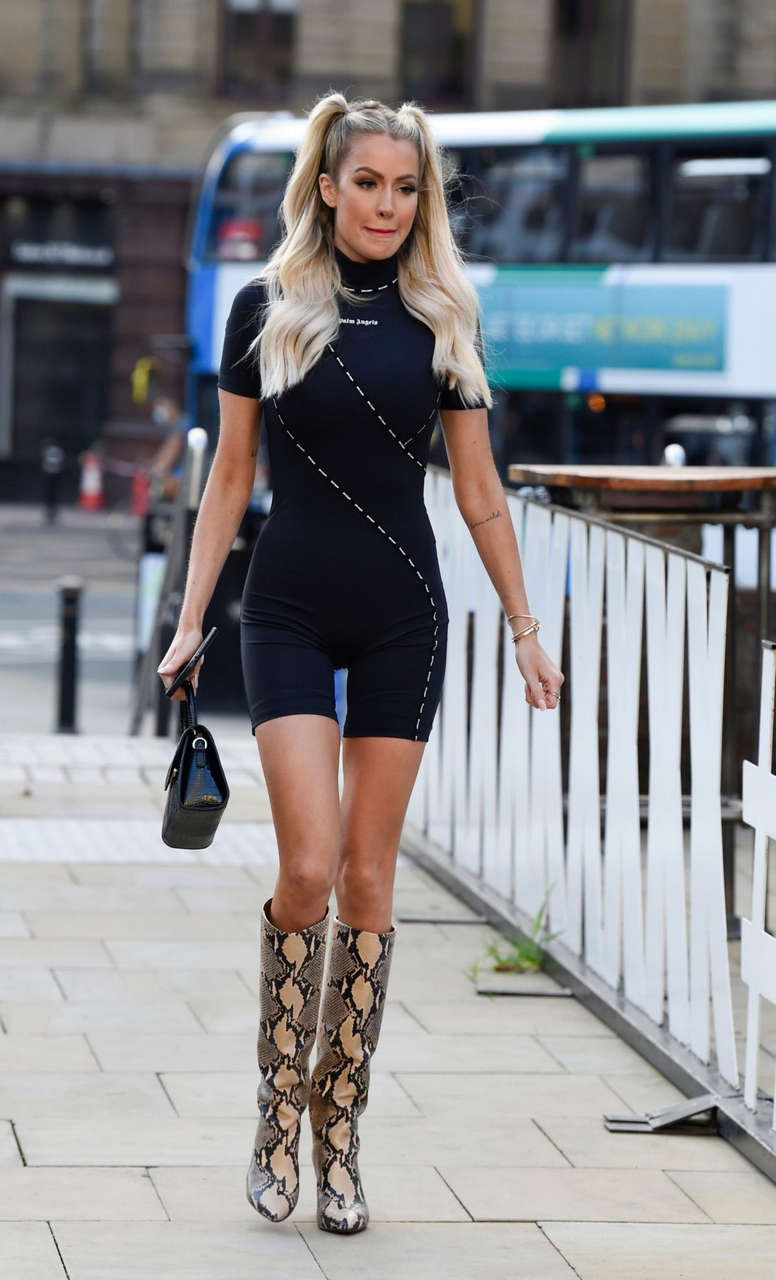 Olivia Attwood Nicole Bass Georgia Harrison Fran Parman Set Her New Show Manchester