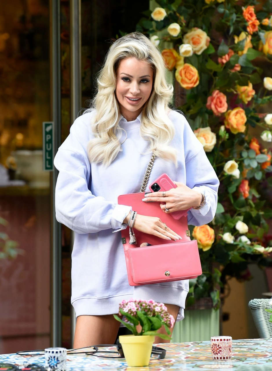 Olivia Attwood Set Her New Show Olivia Meets Her Match Manchester