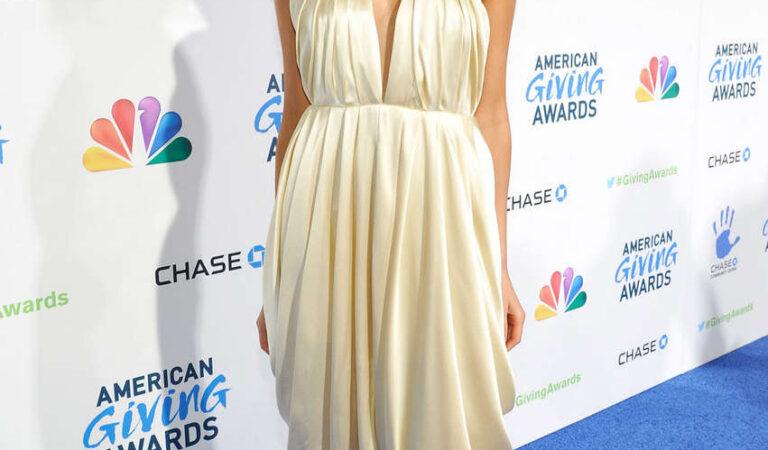 Olivia Culpo American Giving Awards Pasadena (9 photos)