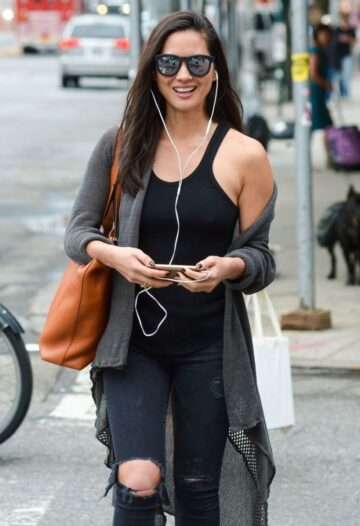 Olivia Munn Out About New York