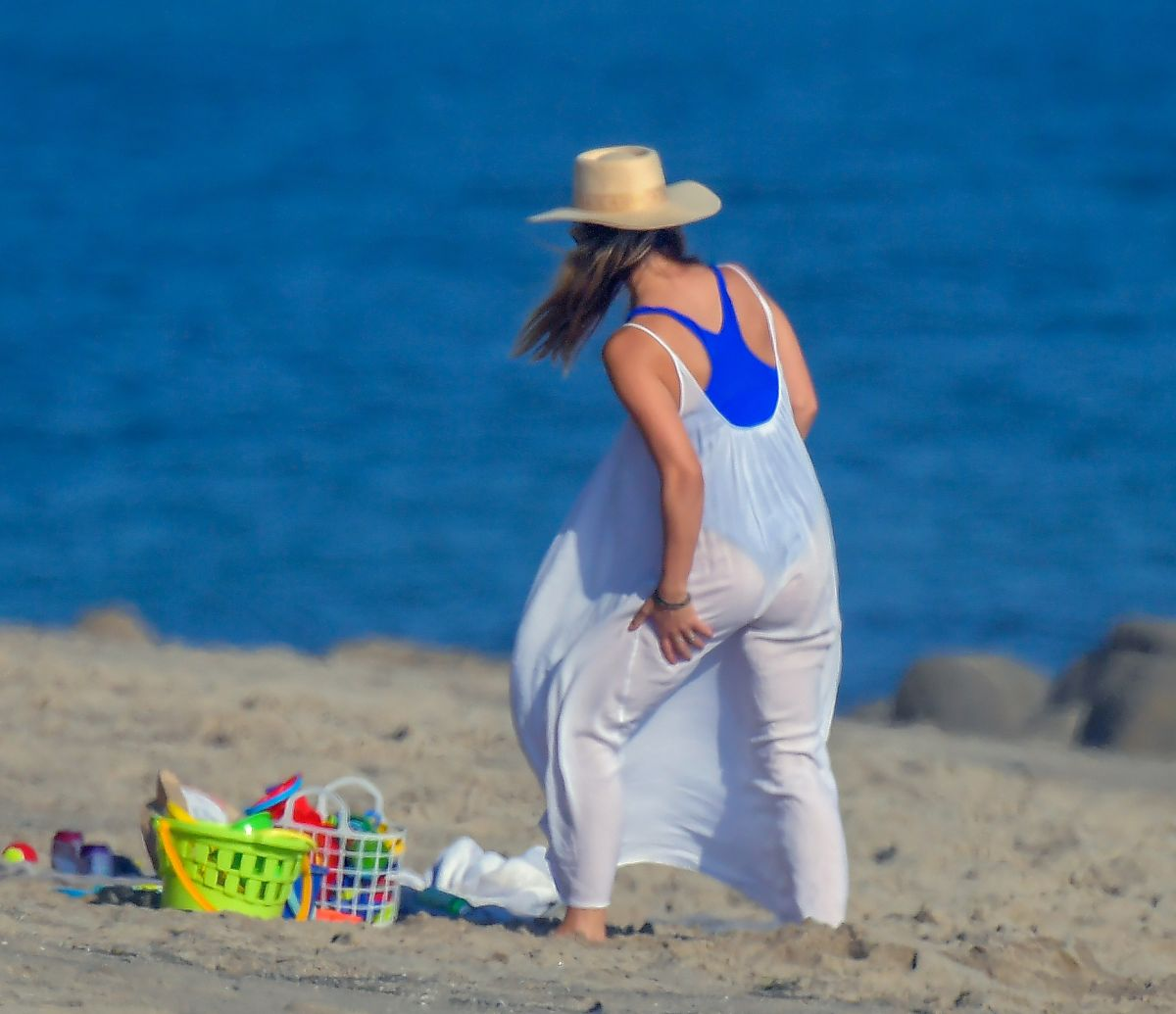 Olivia Wilde Out Beach Malibu