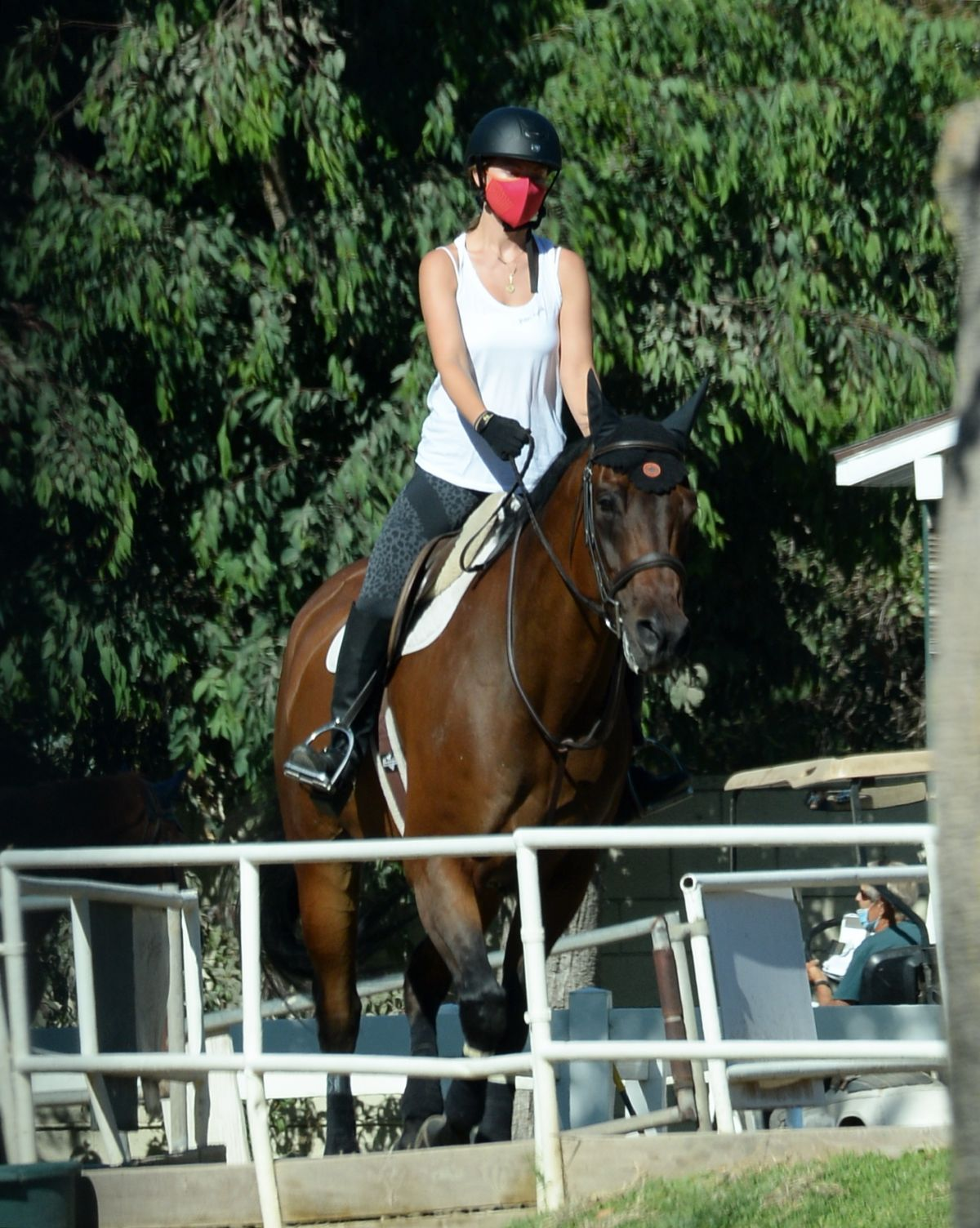 Olivia Wilde Riding Horse Thousand Oaks