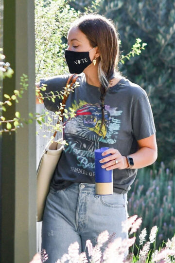 Olivia Wilde Ripped Denim Out Los Angeles