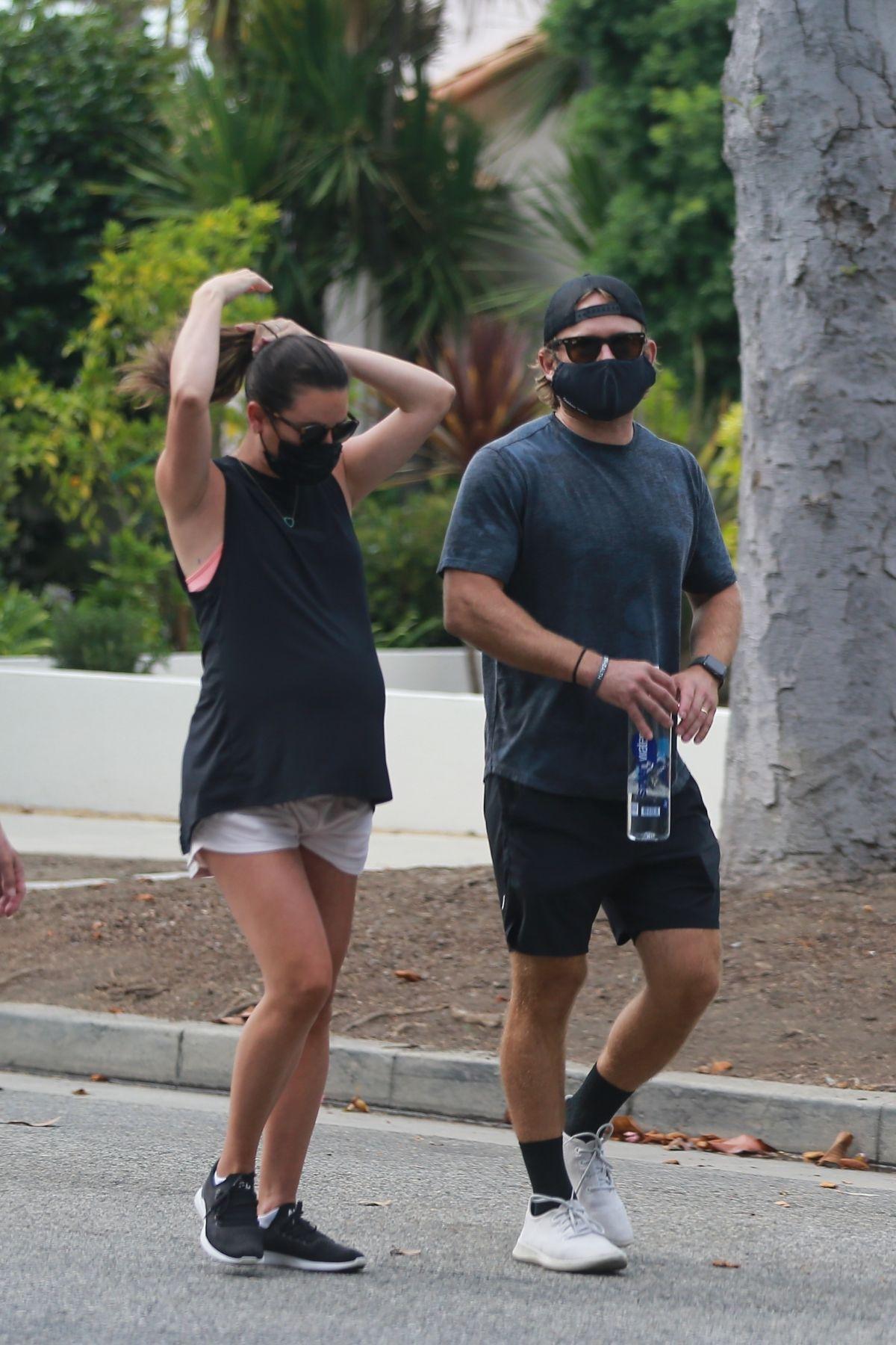 Pegnant Lea Michele Zandy Reich Out Santa Monica