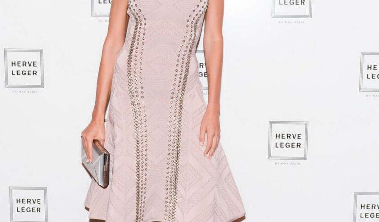 Petra Nemcova Herve Leger By Max Azria Fashion Show New York (4 photos)