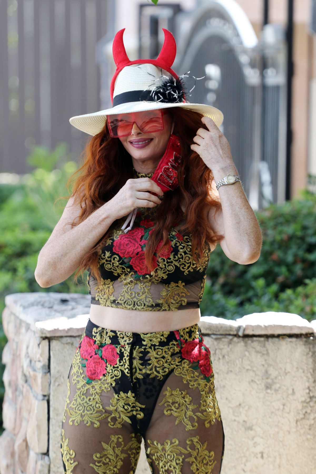 Phoebe Price Out With Her Dog Henry Los Angeles
