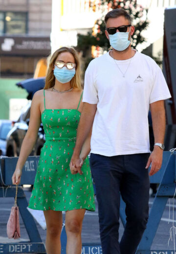 Pregnant Jennifer Lawrence Cooke Maroney Out About New York