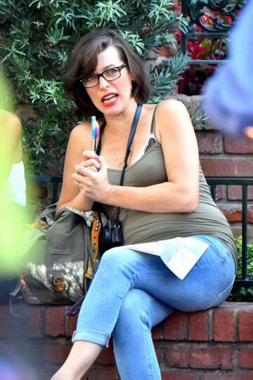 Pregnant Milla Jovovich Disneyland Anaheim