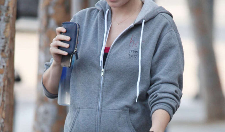 Pregnant Olivia Wilde Leaves Gym West Hollywood (10 photos)