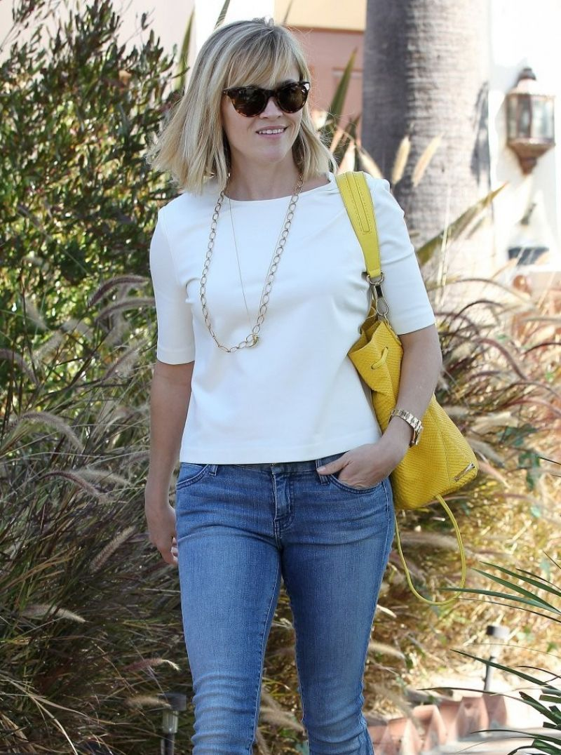 Reese Withersoon Jeans Out Lunch Brentwood