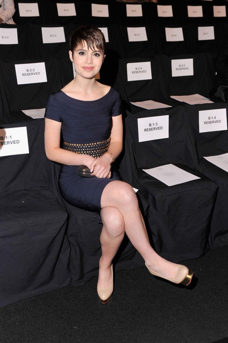 Sami Gayle Herve Leger By Max Azria Fashion Show New York