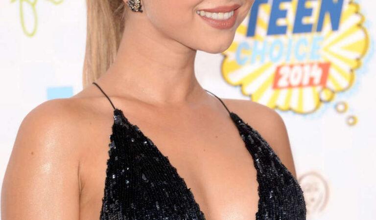 Sarah Hyland Teen Choice Awards 2014 Los Angeles (23 photos)