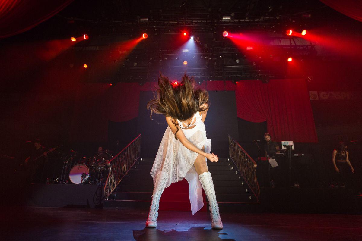 Selena Gomez Performs 2014 Borderfest Hidalgo