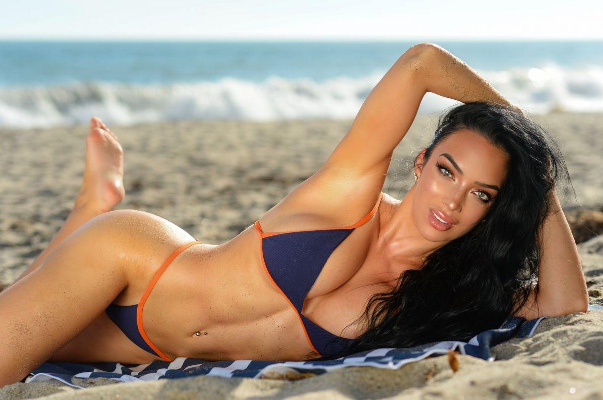 Shahira Barry Photoshoot Beach Malibu