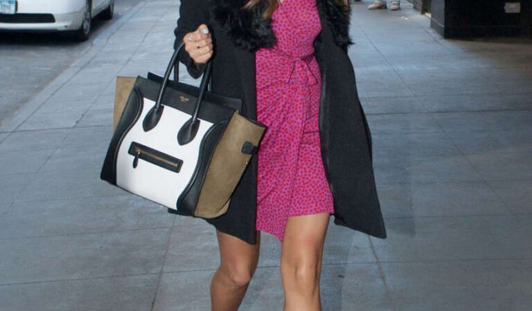 Shay Mitchell Out About Manhattan (11 photos)