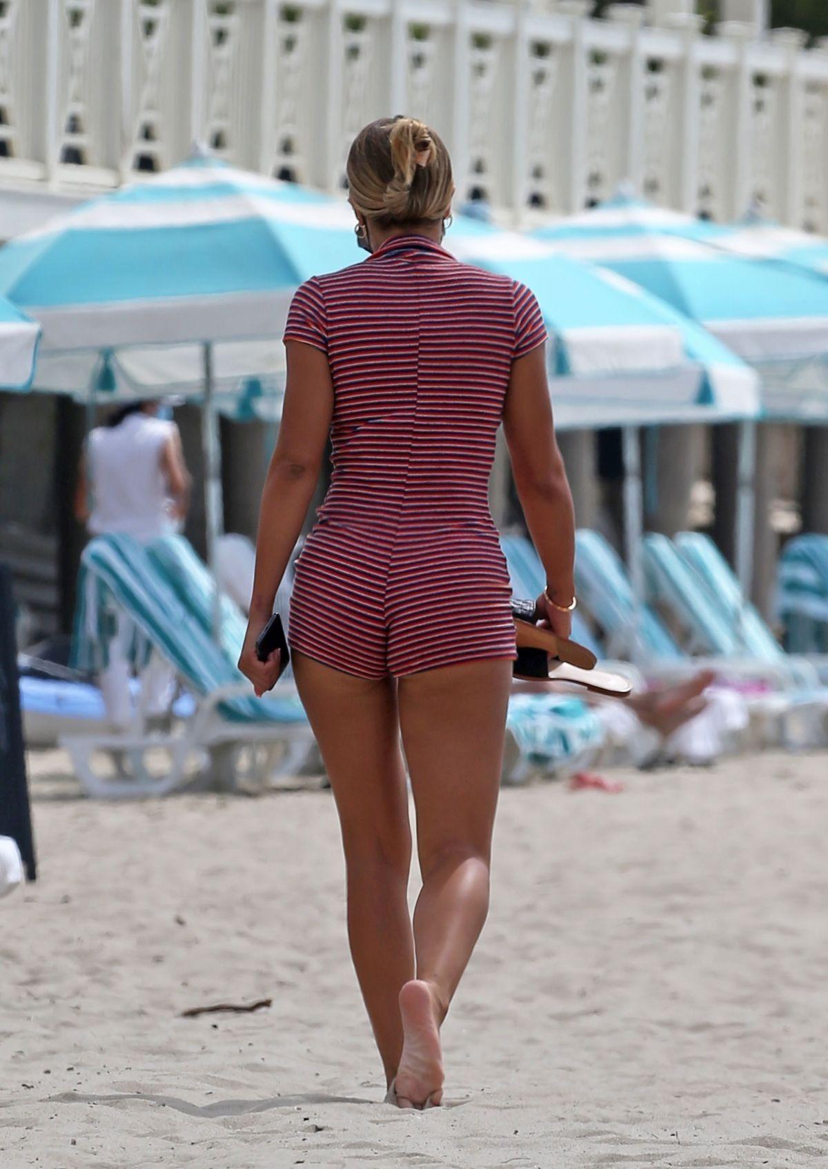 Sofia Richie Bikini Rosemont Miramar Beach Santa Barbara