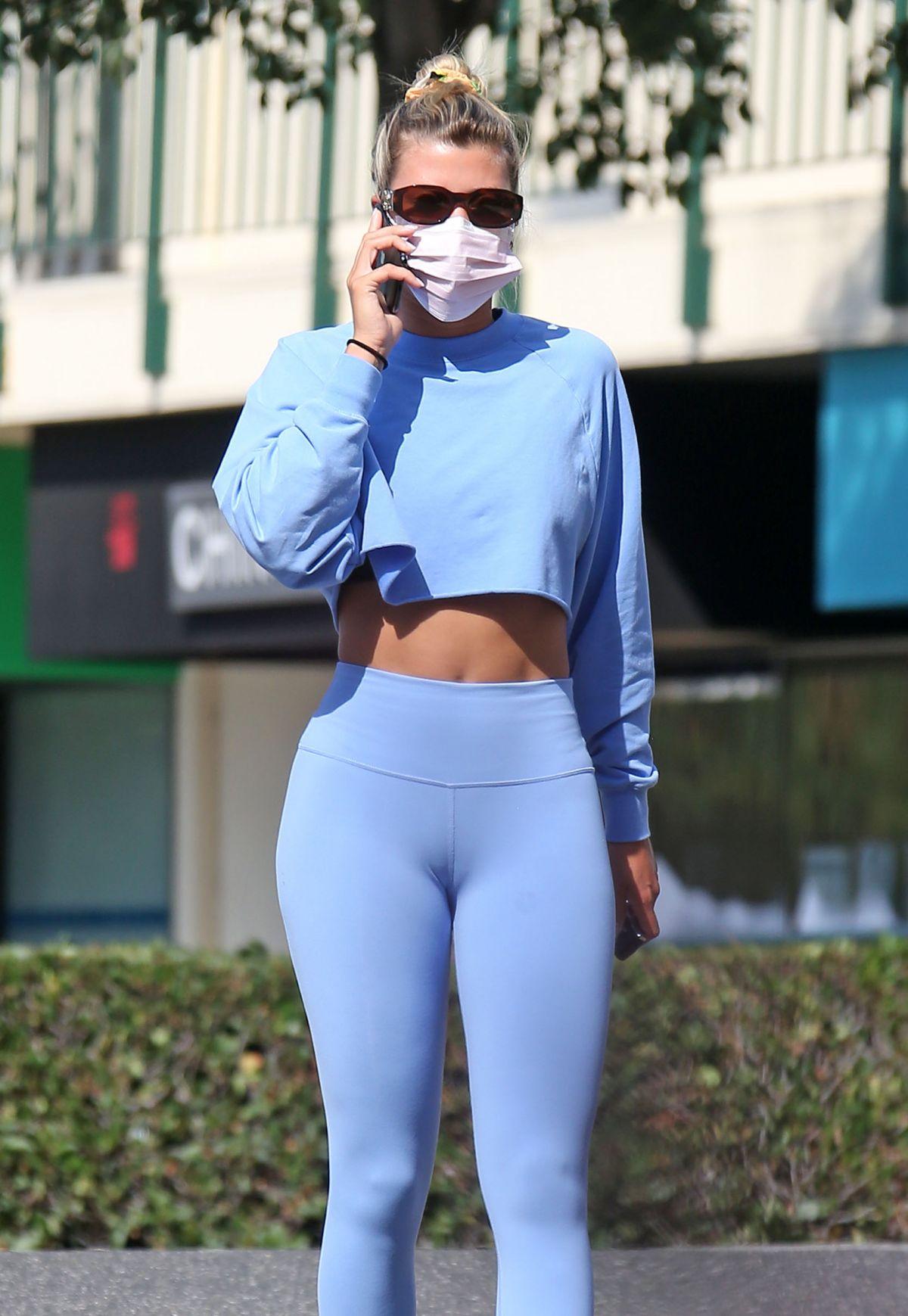 Sofia Richie Heading To Yoga Class Sunset Plaza