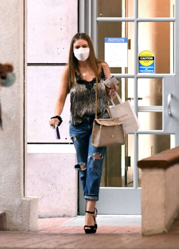 Sofia Vergara Out Shopping Los Angeles