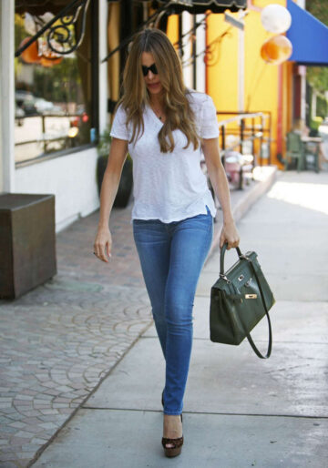 Sofia Vergara Tight Jeans Out Los Angeles