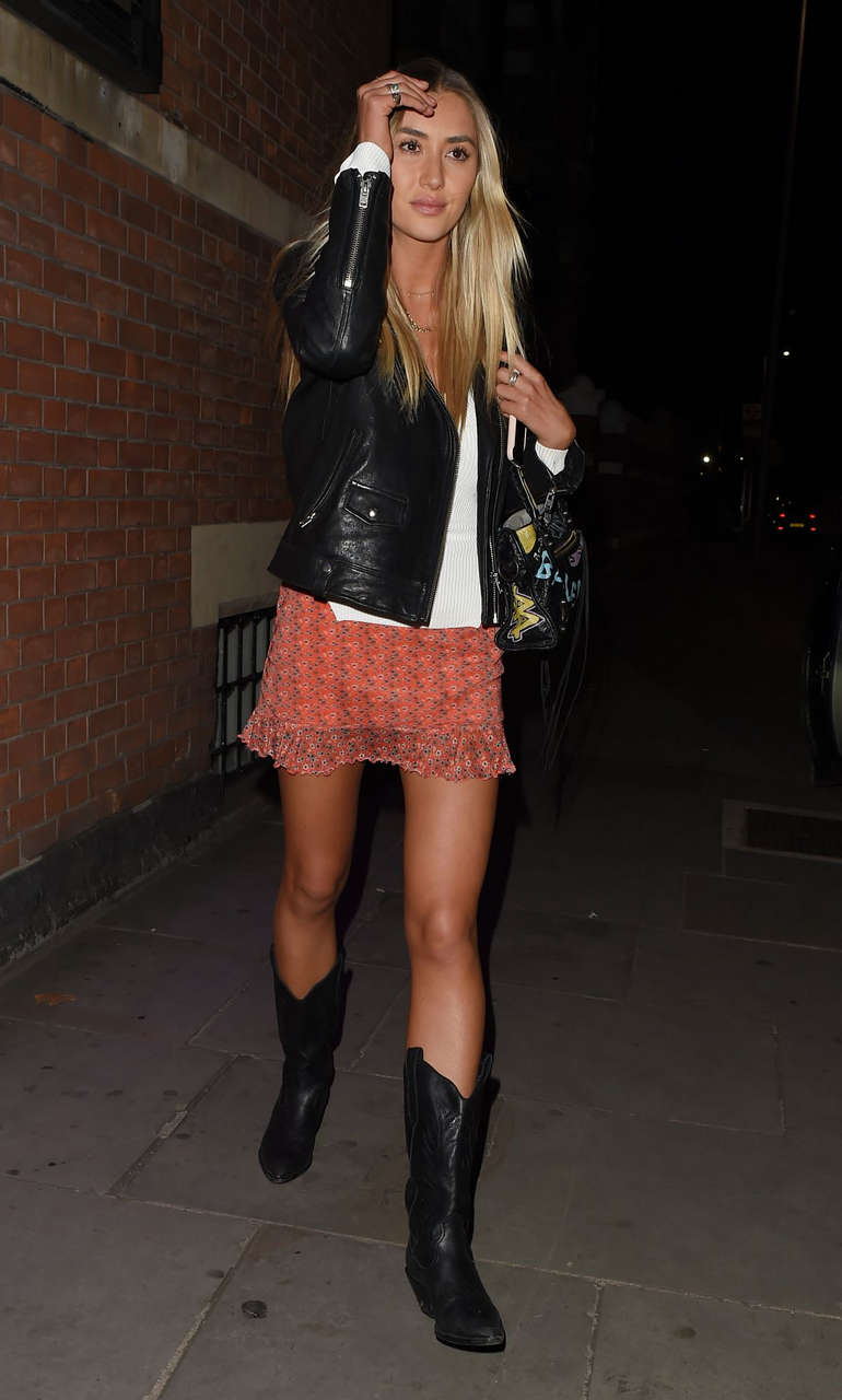 Sophie Habbo Night Out London