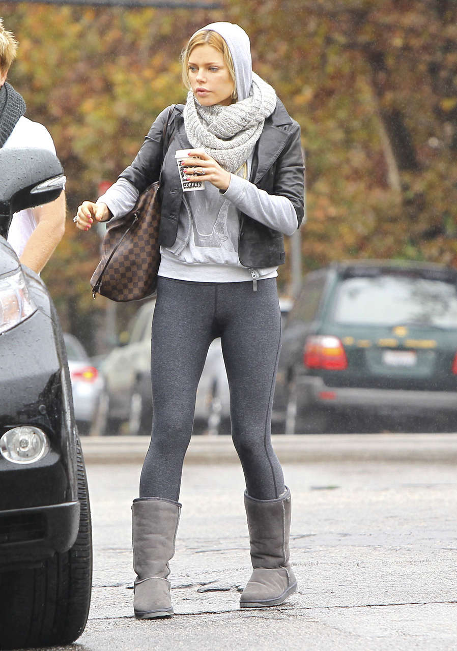 Sophie Monk Tights Kings Road Cafe Studio City