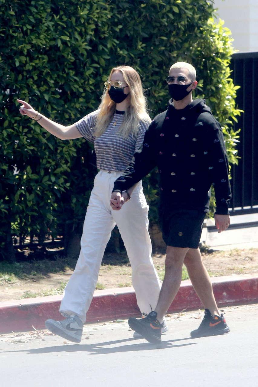 Sophie Turner Joe Jonas Out Los Angeles