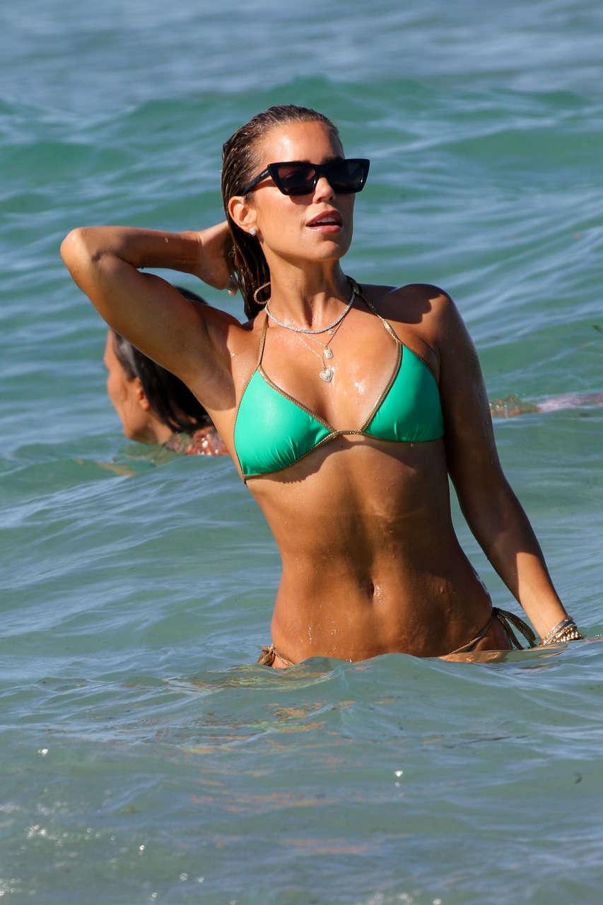 Sylvie Meis Bikini Beach France 1