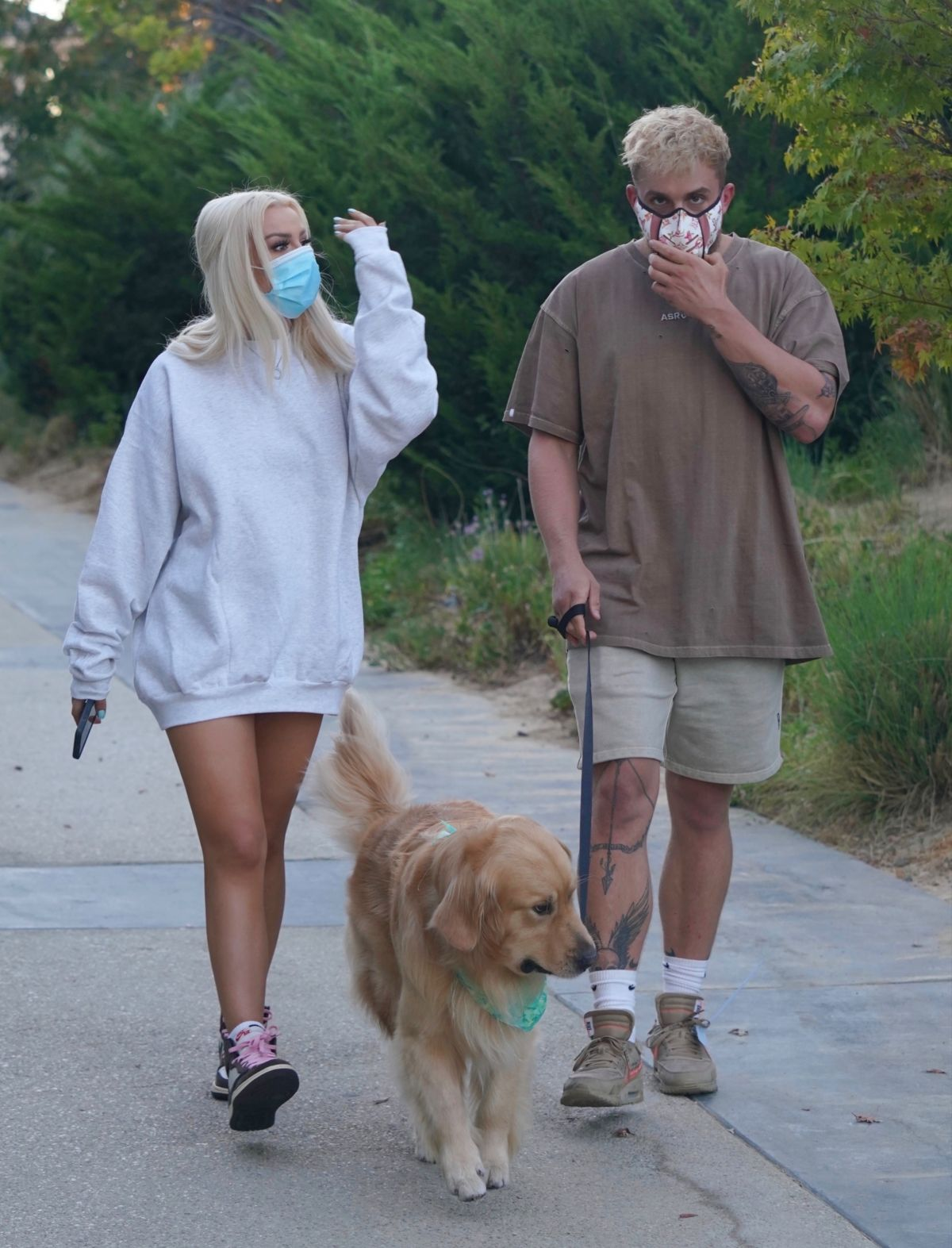 Tana Mongeau Jake Paul Out With Their Dog Calabasas