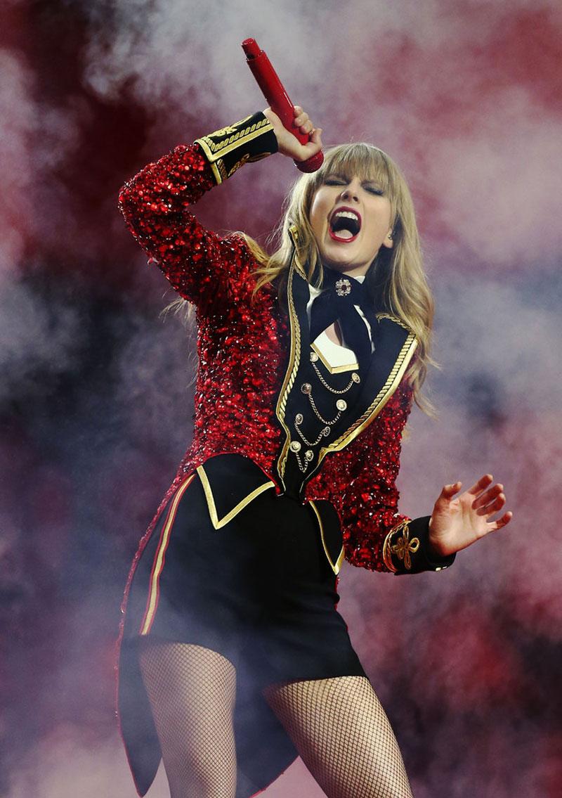 Taylor Swift 2012 Mtv European Music Awards Frankfurt