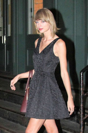 Taylor Swift Leaving Her Apartment New York