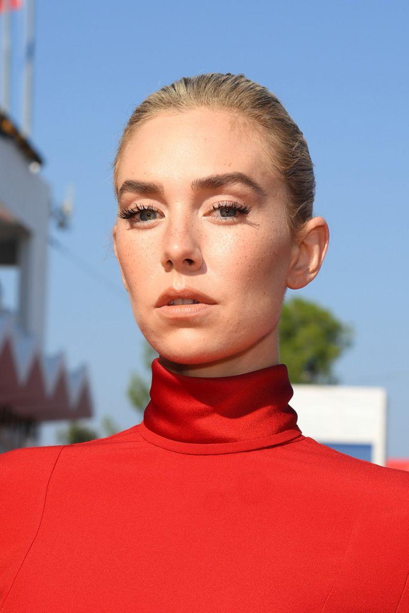 Vanessa Kirby Pieces Lwoman Premiere 2020 Venice Film Festival