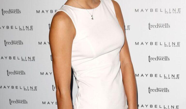 Wallis Day Maybelline Party London Fashion Week (4 photos)